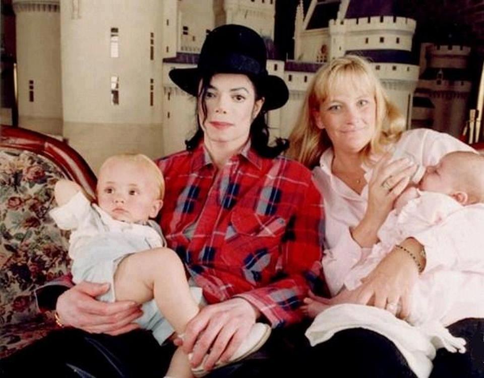 Michael, Debbie Rowe, Prince & Paris
