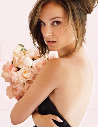 natalie portman wallpaper with skin titled Miss Dior Add Photoshoot