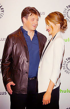 Nathan Fillion & Stana Katic wallpaper possibly containing a business suit called Nathan Fillion & Stana Katic