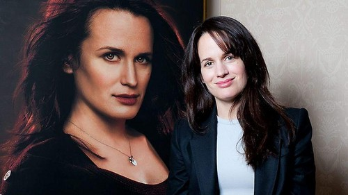 New/Old mga litrato of Elizabeth at a BD Part 1 photocall in Norway. {17th November 2011}
