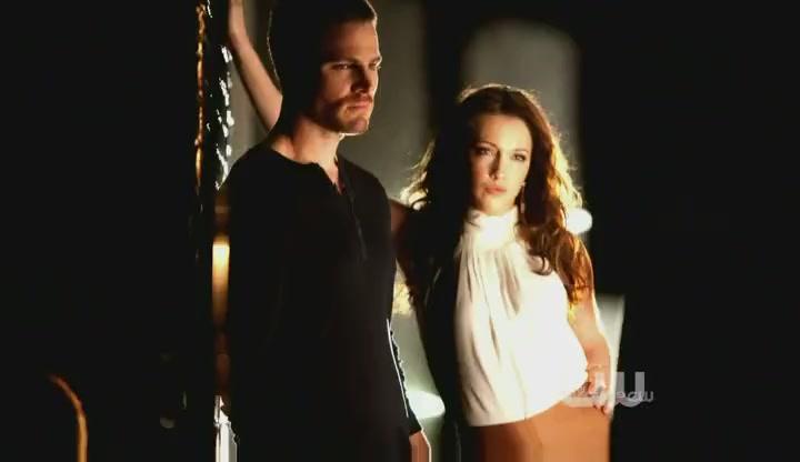 Oliver and laurel dating