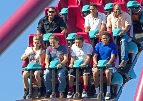 Paris and Prince Jackson with their cousins TJ Jackson, Johnathan and James at Six Flags AUGUST2012