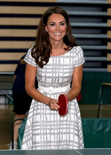 Prince William and kate in Hobbs Dress