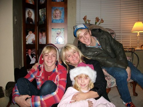 Ross, Stormie, Riker, and Amberlyn