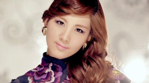 SNSD's Seohyun<3