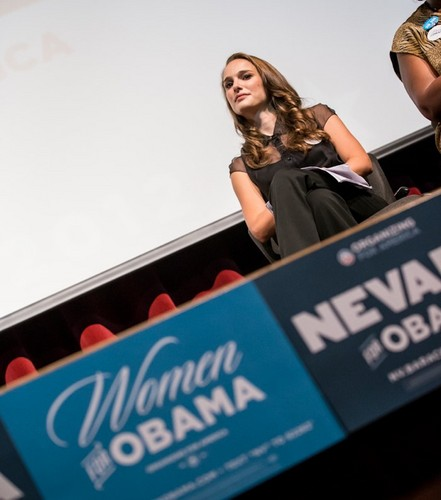 Speaking at the Nevada Women Vote 2012 Summit at the Fifth strada, via School Auditorium, Las Vegas (Augu