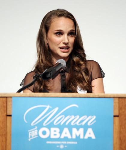 Speaking at the Nevada Women Vote 2012 Summit at the Fifth jalan School Auditorium, Las Vegas (Augu