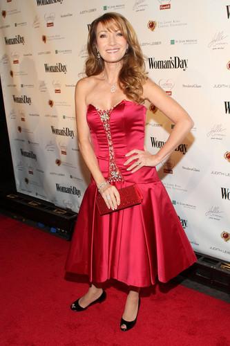 The 7th Annual Woman's siku Red Dress Awards