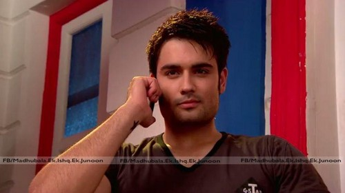 Vivian Dsena wallpaper with a portrait titled Vivian Dsena(Rishabh Kundra)