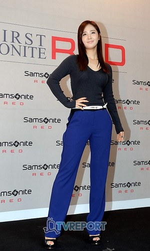 Yuri @ Samsonite Red Pop Up Art Exhibition