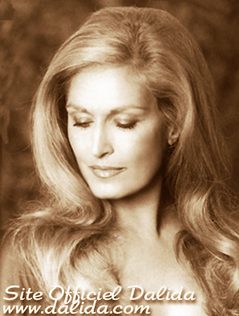 Http Www Fanpop Com Clubs Dalida Images 31903683 Title Dalida Photo