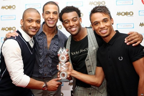 jls with mobo award