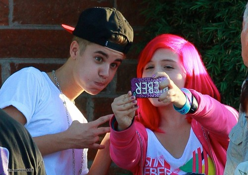 justin bieber, at shabiki 2012