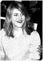 Frances Bean - frances-bean-cobain fan art