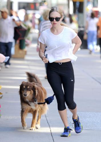 Amanda Seyfried in NYC [August 30, 2012]