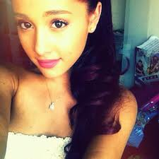 Ariana Grande<333333