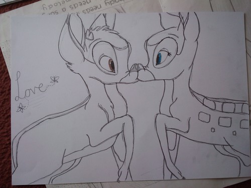 Bambi and Faline キス