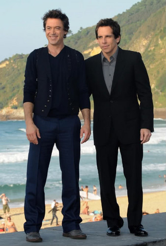 Ben Stiller and Robert Downey Jr. at La Concha plage
