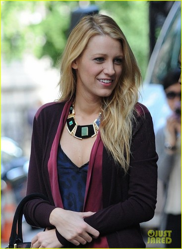 Blake Lively wallpaper possibly containing an outerwear called Blake on the set of Gossip Girl on Wednesday (August 29) in NYC
