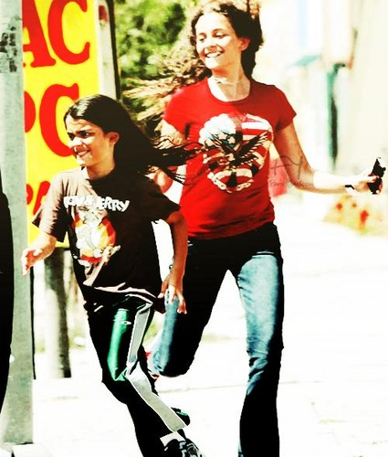 Blanket Jackson and his brother Paris Jackson ♥♥