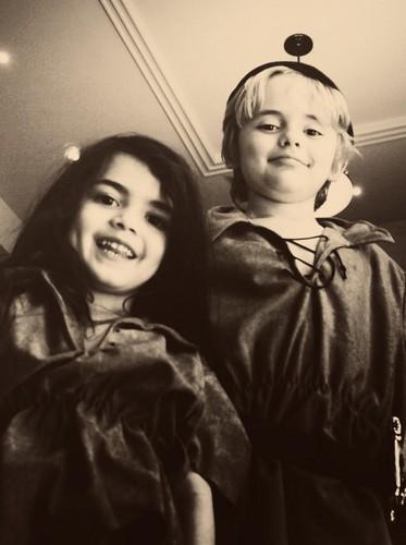 Blanket Jackson and his brother Prince Jackson ♥♥