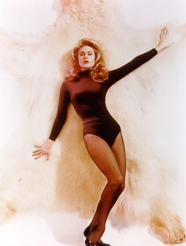 Elizabeth Montgomery wallpaper with a maillot and a leotard titled Elizabeth Montgomery