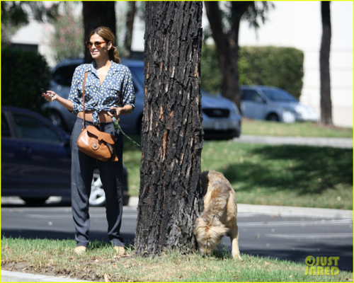 Eva - Out and about in Los Angeles - August 31, 2012