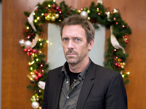 Hugh Laurie wallpaper containing a business suit, a suit, and a dress suit called Hugh Laurie