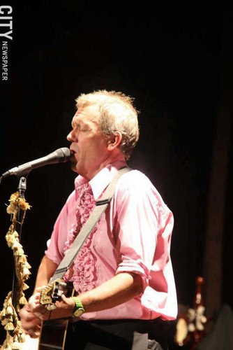 Hugh Laurie in konsert the Riviera Theatre, North Tonawanda, NY 28.08.2012