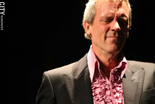 Hugh Laurie in concert the Riviera Theatre, North Tonawanda, NY 28.08.2012