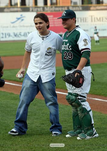 Jackson's kids at baseball game