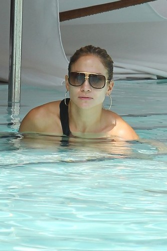 Jennifer Lopez at the Pool [September 1, 2012]