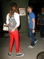 Jerry Ferrara Takes Katie Cassidy To Dinner (August 30)