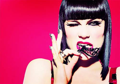 Jessie J wolpeyper possibly containing a portrait titled Jessie J <3 <3