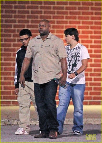 Johnathan Sutherland with his cousin Prince Jackson in Gary, Indiana ♥♥