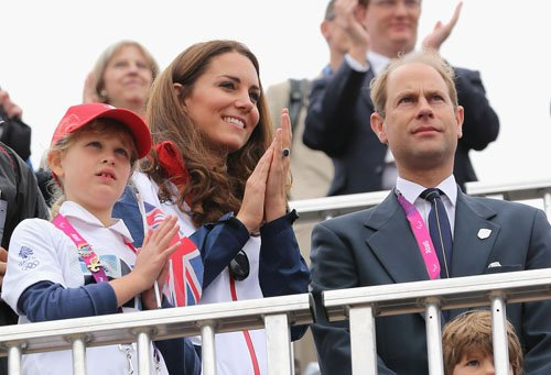 Kate @ the 2012 लंडन Paralympics rowing event (September 2)