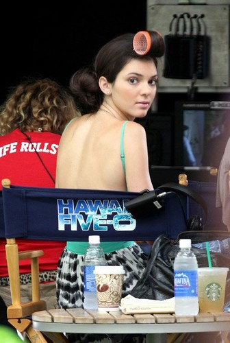 Kendall on the set of 'Hawaii Five-0' (August 29)