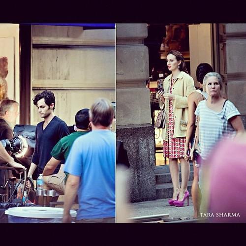 Leighton and Penn On Set (August 28, 2012)