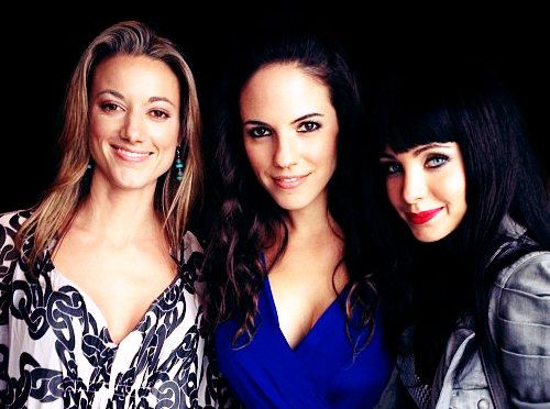 Lost Girl wallpaper probably containing a portrait entitled Lost Girl Cast