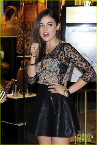 Lucy Hale at the Henri Bendel Las Vegas store opening at the Fashion 显示 Mall (August 29)