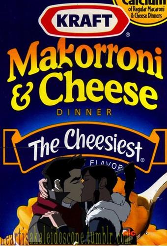 Makorroni & Cheese
