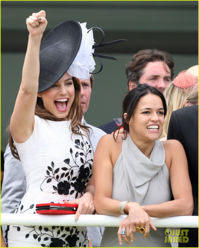 Michelle - ladies دن at Glorious Goodwood - August 2, 2012