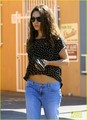 Mila arrives back to her hotel after a business meeting on Wednesday (August 29) in London - mila-kunis photo