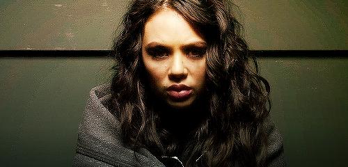 Mona <3
