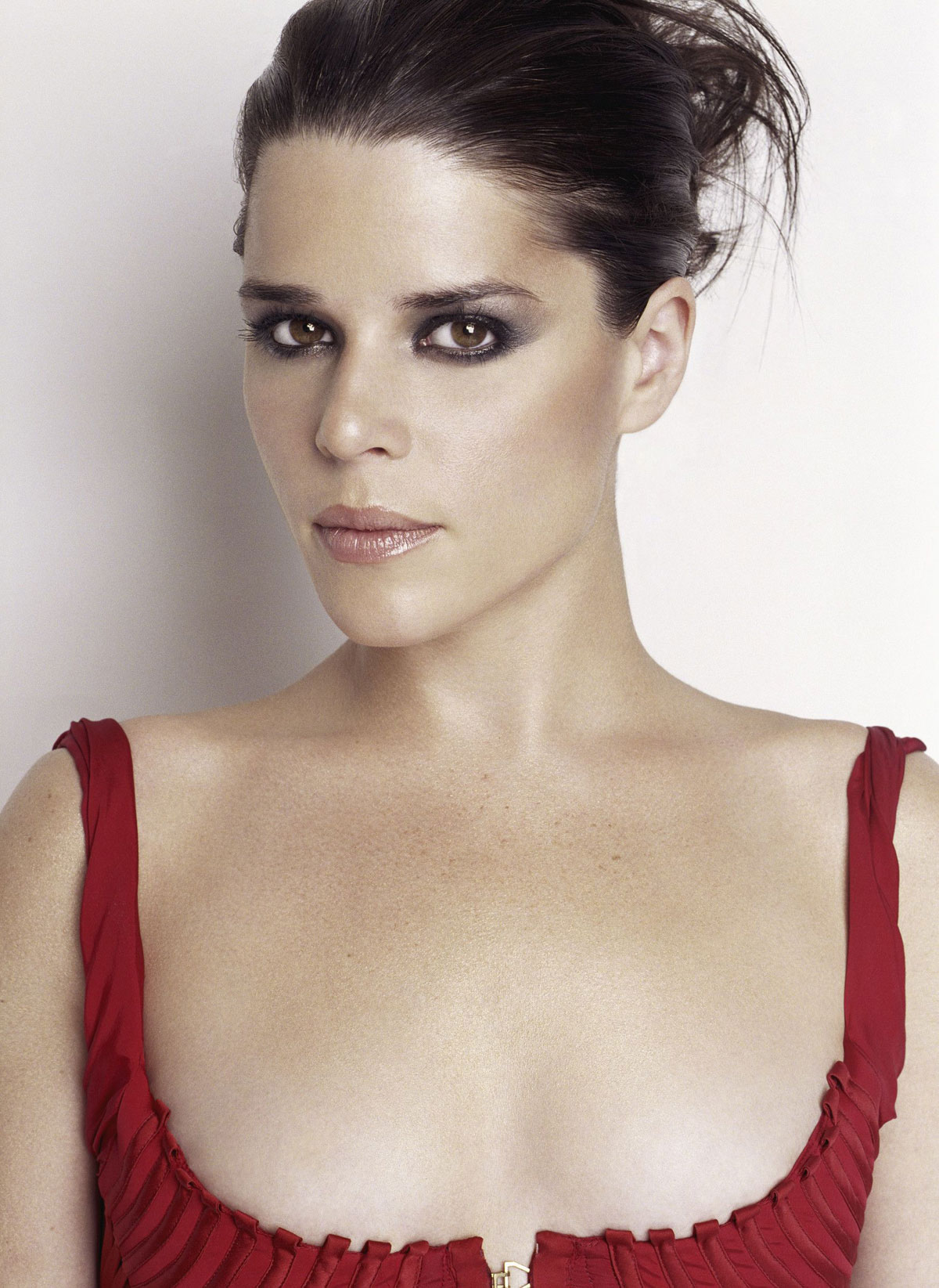 15 Neat Neve Campbell Hairstyles