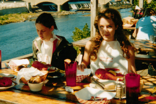 New/Old pictures of Kristen on the set of Speak and having lunch with Hallee Hirsh