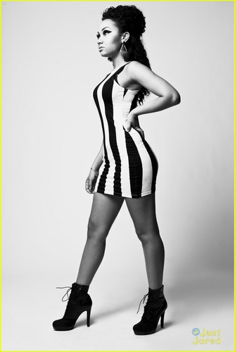 "New photoshoot for ""Fiasco"" magazine - August 2012."