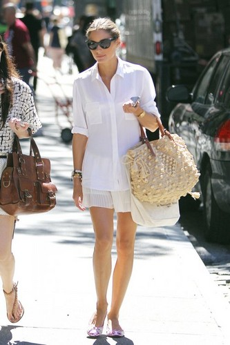 The City wallpaper possibly with a boater called Olivia Palermo walking the streets of New York City (August 29).