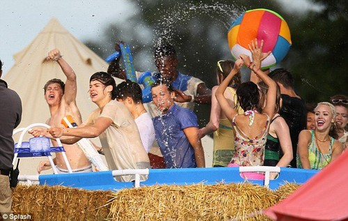 On the set of LWWY!!