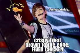 Onew the chicken lover! ♥♥♀♥♥